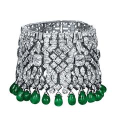JAR diamond and emerald drop bracelet set in platinum
