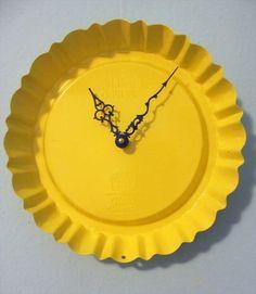 18 Of Our Favorite DIY Clocks | DIY to Make