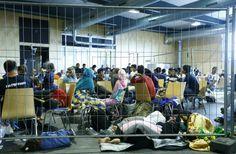 قالت السلطات الفرنسية إنها ستعرض على 750 مهاجرا، وأغلبهم من إفريقيا والشرق الأوسط، التوجه لمأوى أنشأته الحكومة من حاويات السفن وتم افتتاحه الشهر الماضي، مشيرة إلى أنه سيتم هدم الجزء الجنوبي من المخ…