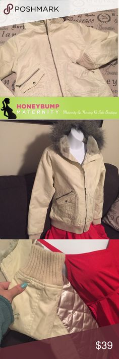 Gorgeous maternity coat size medium Maternity coat perfect condition! Gorgeous gold colored quilt material on the inside. Super warm with wonderful furry hood and nice pockets. Bundle for additional savings! Motherhood Maternity Jackets & Coats