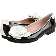 I love black & white...these Taryn Rose shoes fit the bill