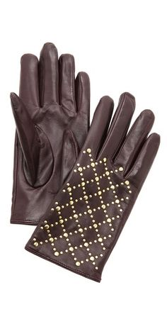 Club Monaco Quilted Rivet Stud Gloves Hi Fashion, Autumn Fashion, Fashion Design, Elegant Gloves, Cold Weather Outfits, Beaded Purses, Studded Leather, Elegant Outfit, Glamour