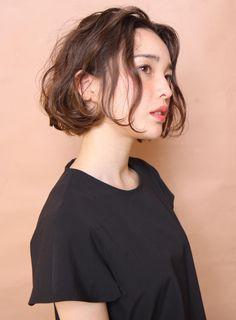 大人フレンチボブ(髪型ボブ) Haircuts For Wavy Hair, Girl Haircuts, Permed Hairstyles, Pretty Hairstyles, Short Permed Hair, Short Hair Cuts, Medium Hair Styles, Natural Hair Styles, Short Hair Styles