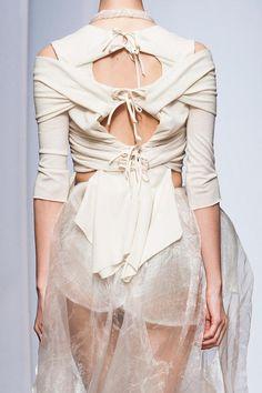 Cool Chic Style Fashion: Yiqing Yin Haute Couture Autumn 2013 + Details photos #Yiqingyin #hautecouture  #coolchicstylefashion