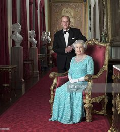 Hm The Queen, Royal Queen, Her Majesty The Queen, King Queen, English Royal Family, British Royal Families, Reine Victoria, Queen Victoria, Prince Philip Queen Elizabeth