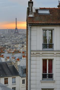 The 50 Most Romantic Paris Spots You've Never Seen Before Paris Travel, France Travel, Romantic Paris, London Apartment, Outside World, Travel Aesthetic, Nice View, Dream Life, Old Town