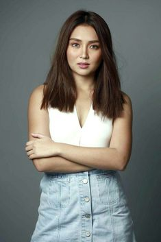 Kathryn Bernardo Hairstyle, Kathryn Bernardo Photoshoot, Kathryn Bernardo Outfits, Filipina Girls, Filipina Actress, Filipina Beauty, 18th Debut Theme, Selena Gomez Adidas, Daniel Padilla