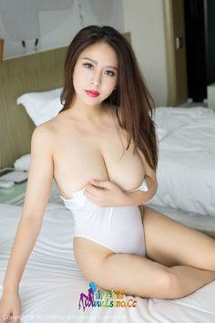 MiStar 魅妍社 Vol.132 九儿性感巨乳白色连体衣爆乳!-第 38 张图片