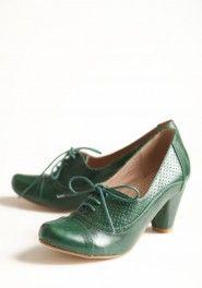 SO CUTE! maytal oxford heels in green by Chelsea Crew