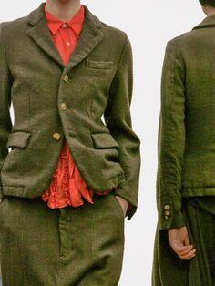 Green and red   Skirt suit   Comme des Garçons Comme des Garçons Fall 2014 - sewmanstore