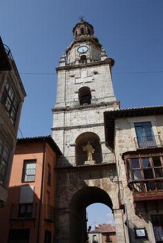 Publicamos la Puerta del Mercado o Torre del Reloj de Toro. #historia #turismo  http://www.rutasconhistoria.es/loc/puerta-del-mercado-puerta-del-reloj