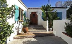 Spanish Revival Home, Spanish Style Homes, Spanish House, Spanish Colonial, Bungalow Exterior, Exterior House Colors, Florida, Villas, Fachada Colonial