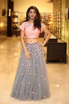 Telugu Television Actress Vishnu Priya Navel Hip Stills In Pink Lehenga Choli - Tollywood Stars Indian Fashion Dresses, Indian Gowns Dresses, Dress Indian Style, Indian Designer Outfits, Designer Dresses, Indian Fashion Trends, Half Saree Designs, Lehenga Designs, Salwar Designs