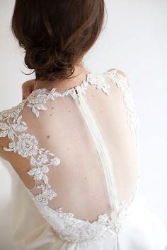 このウェディングドレスの後姿はドキッと来ますね。 Eve Lace Applique Short Bridal Dress, illusion back, Reception Dress, Party Dress
