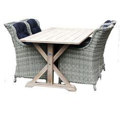 De #tuinset Mona bestaat uit de tuintafel Naomi in combinatie met vier tuinstoelen Maud. Tuinstoel Maud is een zeer luxe en comfortabele stoel. Mede door het gebruik van 7mm halfrond wicker is deze stoel zeer onderhoudsvriendelijk.