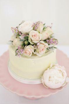Single Tier Wedding Cake With Fresh Pink Flowers | www.onefabday.com