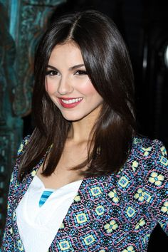 Victoria Justice - House of Blues Concert in LA