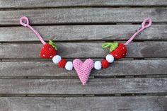 Kinderwagenkette mit Erdbeeren