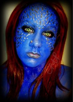 Mystique from X-Men cosplay Halloween Cosplay, Halloween Fun, Halloween Makeup, Halloween Costumes, Fantasy Make Up, Fantasy Hair, Male Cosplay, Best Cosplay, Awesome Cosplay