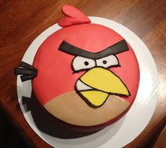 Cakes by Lisa: Now thats one angry bird! Angry Birds Birthday Cake, Angry Birds Cake, Birthday Cakes, Cupcake Toppers Free, Cupcake Cakes, Cupcakes, Red Angry Bird, Cool Pins, Tiered Cakes