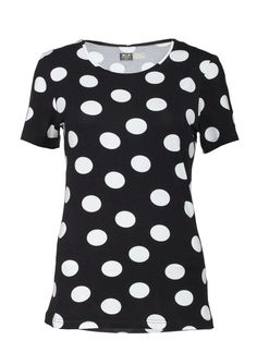 black polka-dot shirt www.bosco-design.com