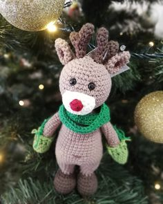 The legend says that it was very dark and foggy once at Christmas. The good old man's mission was threatened. Then, at the head of his… Old Men, Good Old, Good Things, Christmas Ornaments, Dark, Holiday Decor, Handmade, Instagram, Hand Made