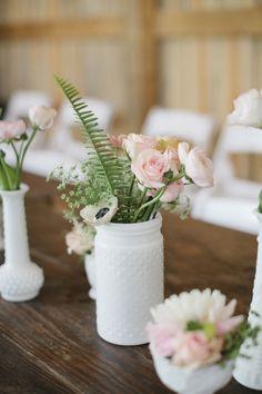 hobnail mason jar centerpiece | Leslie Hollingsworth #wedding
