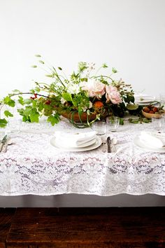 Wedding Ideas: lace-table-linen