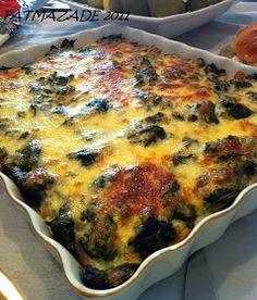 Malzemeler; -1kg ıspanak -2 yumurta -1 küçük kutu krema -1 su b. rendelenmiş kaşar -1 iri soğan -Tost ekmeği -Biraz süt(tost ekmeklerini ı...