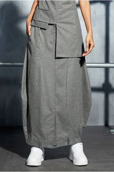 Batik Fashion, Skirt Fashion, Hijab Fashion, Diy Fashion, Fashion Outfits, Womens Fashion, Normcore Fashion, Short African Dresses, Future Clothes