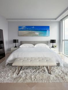 Attracting Money: Don't Use Water Symbols - 19 Feng Shui Secrets to Attract Love and Money on HGTV. Don't really care about the Feng Shui but like the pretty bedroom. Feng Shui Lit, Feng Shui House, Feng Shui Bedroom, Master Bedroom Layout, Bedroom Layouts, White Bedroom, Bedroom Ideas, Bedroom Art, Budget Bedroom