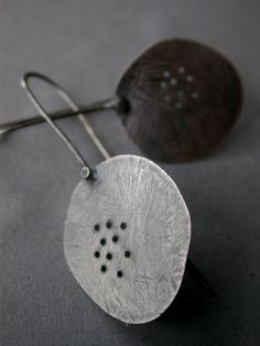 oxidized sterling silver organic leaf paddle pierced dangle earrings sleek modern everyday metalsmith metalworkjewelry jaime jo fisher.