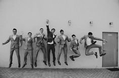 The groom and his groomsmen - picture ideas