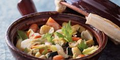 Cocotte de légumes au gingembre Slow Food, Cooking Food, Arabic Food, Flan, No Cook Meals, Side Dishes, Cabbage, Vegan Recipes, Curry
