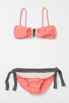 OMIGOSH I looove this bathing suit soooo. Much. Maybe ill go buy it.
