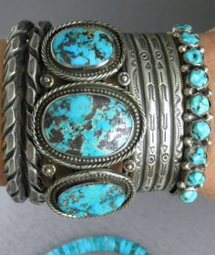 NAVAHO OLD PAWN BLUE BOLDER TURQUOISE ROW CUFFS