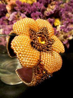 Браслеты ручной работы. Ярмарка Мастеров - ручная работа БраслетТайна золотого цветка. Handmade.