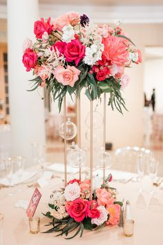 Floral Wedding Centerpieces Planning and Tips - Love It All Wedding Table Centerpieces, Wedding Flower Arrangements, Floral Centerpieces, Floral Arrangements, Wedding Bouquets, Graduation Centerpiece, Quinceanera Centerpieces, Candle Centerpieces, Centerpiece Ideas