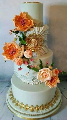 Vintage Gold - Cake by Cherub Couture Cakes