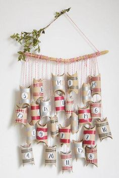 An easy to make Advent calendar . # to # calendar # of . Homemade Advent Calendars, Diy Advent Calendar, Easy Christmas Crafts, Handmade Christmas, Christmas Decorations, Christmas Tables, Nordic Christmas, Modern Christmas, Christmas Christmas