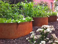 FormBoss garden edging - ZAM® - an attractive and more durable option than galvanised steel.