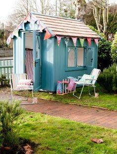 Pretty garden sheds for Pretty garden sheds