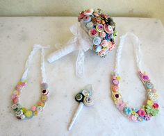 A Summers Day Vintage Button Horseshoe for by iheartbuttonsuk