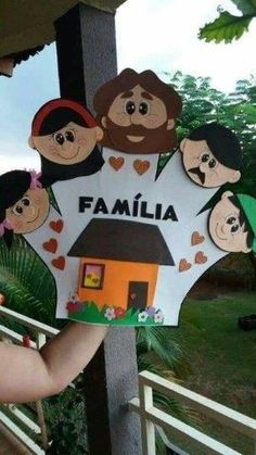 27 Ideas for Family Day - Aluno On - Kids Crafts, Family Crafts, Preschool Activities, Diy And Crafts, Paper Crafts, Preschool Family Theme, Class Decoration, School Decorations, Family Tree For Kids