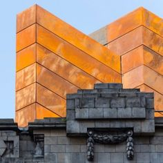 Bennetts+Associates+adds+pre-rusted+steel+box+to+London's+Shaftesbury+Theatre