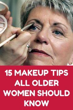 15 Makeup Tips All Older Women Should Know About (Slideshow) Beauty Make-up, Beauty Secrets, Beauty Skin, Hair Beauty, Natural Beauty, Beauty Care, Beauty Advice, Natural Makeup, Makeup Tips For Older Women