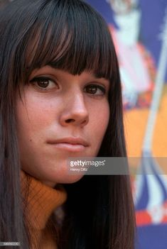Picture of Barbara Hershey Hollywood Actresses, Actors & Actresses, Hannah And Her Sisters, Beautiful Celebrities, Beautiful Women, Barbara Hershey, Emma Watson Beautiful, Female Fighter, Ageless Beauty