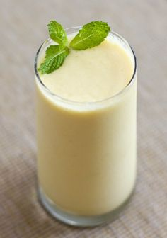 light mango lassi: banana, mango, coconut, almond milk (or almond milk kefir), vanilla stevia.