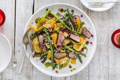 Delicious, beautifully presented lamb salad with balsamic glaze and pomegrante - perfect for a special occasion, Christmas, or a fresh, healthy meal any time. Vegetable Recipes, Meat Recipes, Cooking Recipes, Healthy Recipes, Lamb Recipes, Winter Salad Recipes, Greek Salad Recipes, Haloumi Salad, Recetas Whole30