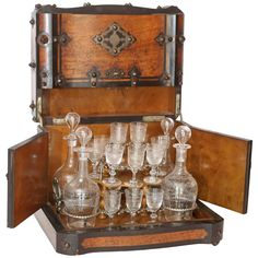decanter napoleon iii period period 19th century cave liqueurs coups de c ur. Black Bedroom Furniture Sets. Home Design Ideas